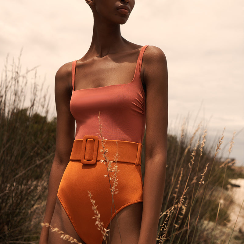 EVARAE Cassandra Swimsuit Square Neck with belt in Mars / Ice Tea Side