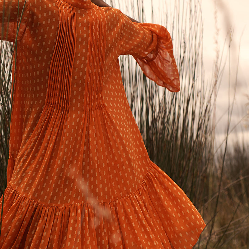 EVARAE Loli silk short volume dress pleated open collar tier skirt apricot dot orange back detail