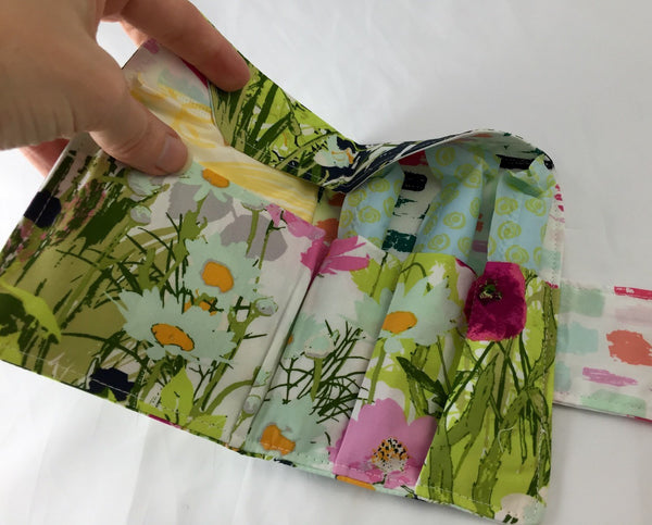 Green Sanitary Pad Pouch, Pink Floral Tampon Wallet, Women's Privacy Case - EcoHip Custom Designs