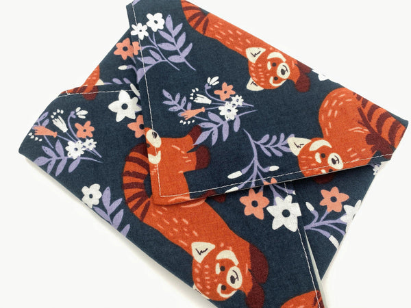 Reusable Sandwich Wrap, Sandwich Bag, Koala Bear Sandwich Mat, Ecofriendly Sandwich Holder - Red Pandas
