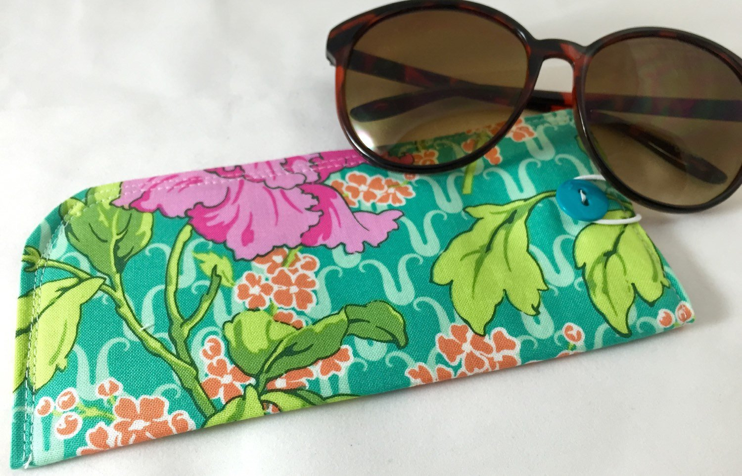 Green Fabric Eye Glass Case, Pink Floral Sunglasses Pouch, Eyeglass Padded Sleeve - EcoHip Custom Designs