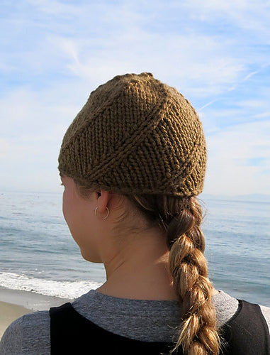 Kuss Hat Pattern by Cocoknits