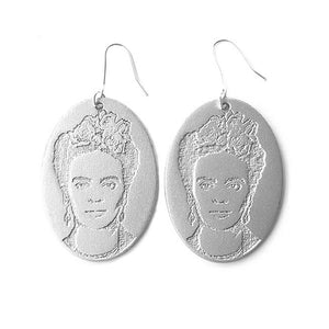Frida Kahlo earrings in silver color.