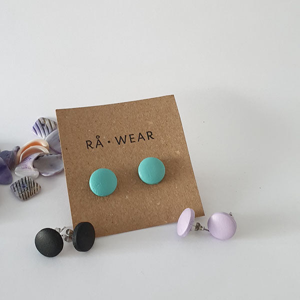 Dots Stud Earrings, 3 sizes. Rå Wear