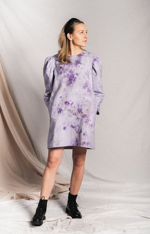 Hand-dyed lilac dress with puff sleeves