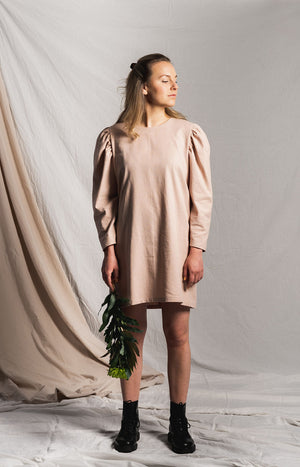 Pink dress with long puff sleeves