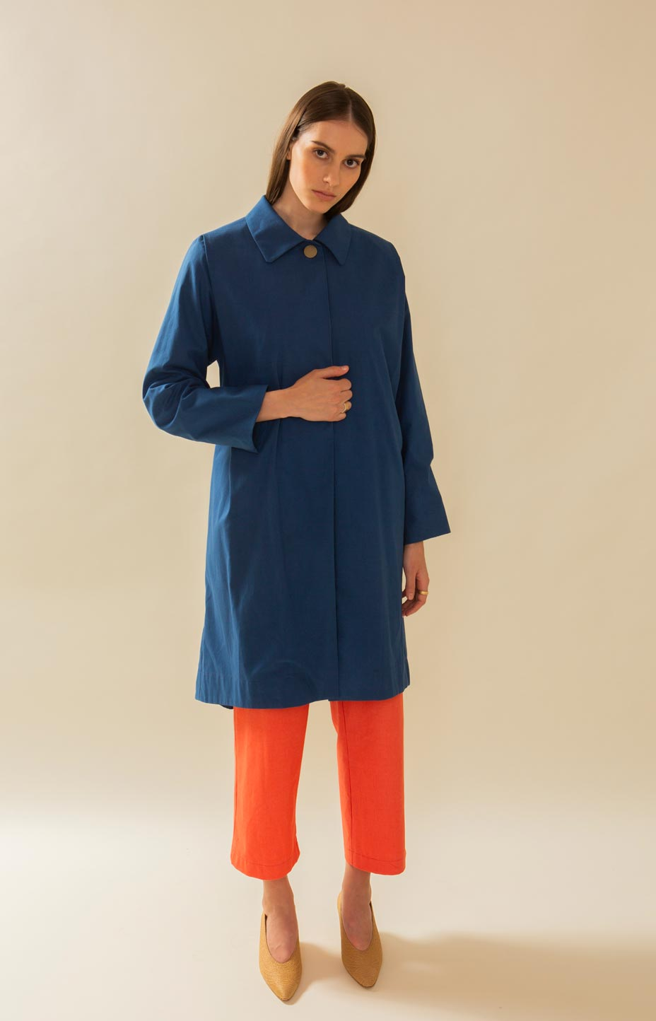Upcycler Loan Agency TAUKO blue trench coat