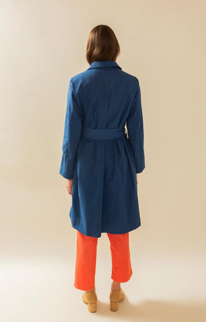 Upcycler Loan Agency TAUKO trench coat with belt