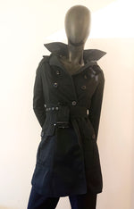 Black trench coat with detachable hood second hand