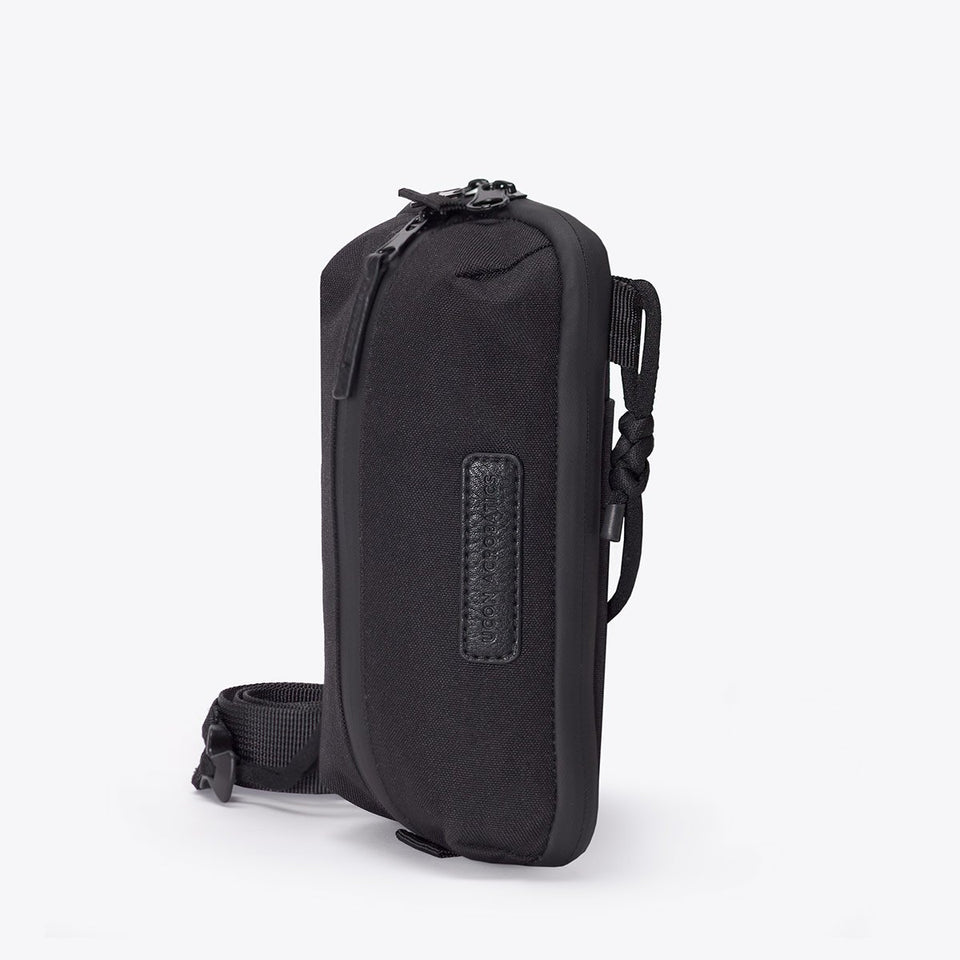 Ucon Acrobatics • Matteo Bag • Stealth Series (black)