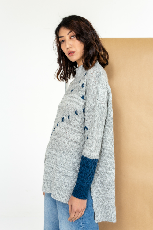 CABLE INTARSIA PULLOVER IN MARL
