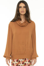 CECROPTE BLOUSE IN CANELA