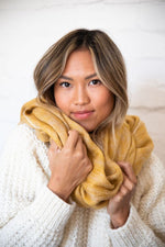 LYRICA SCARF IN HONEY