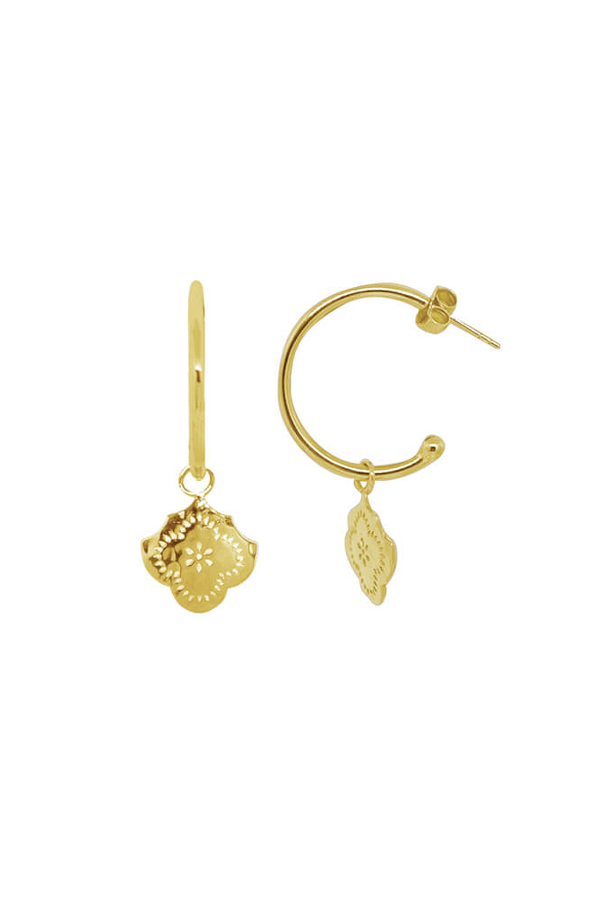 MEDIUM HOOP EARRINGS - FLOWER PENDANT IN 18KT YELLOW GOLD PLATE
