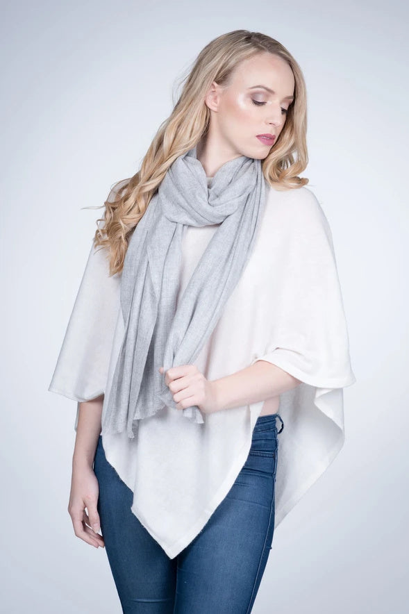 NATURAL CASHMERE SHAWL IN LIGHT GREY