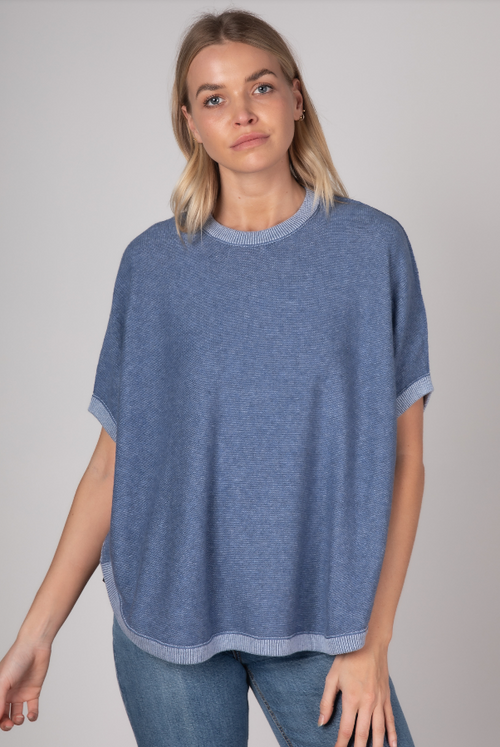 ON THE GO PONCHO IN CHAMBRAY (REVERSIBLE)
