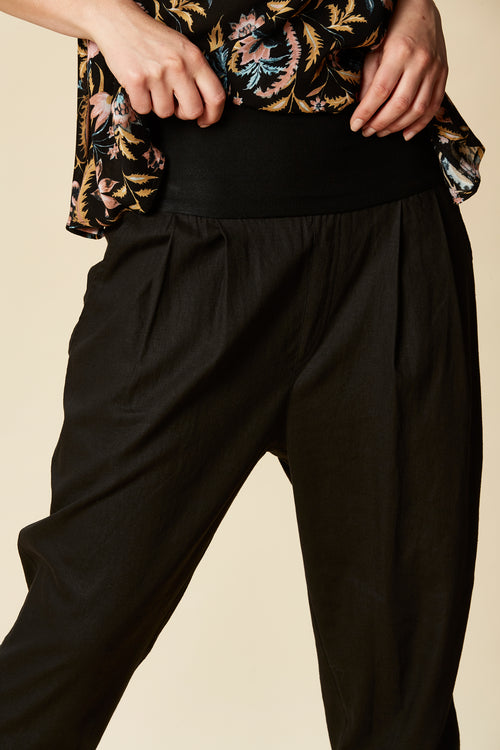 SIELA PANT IN BLACK