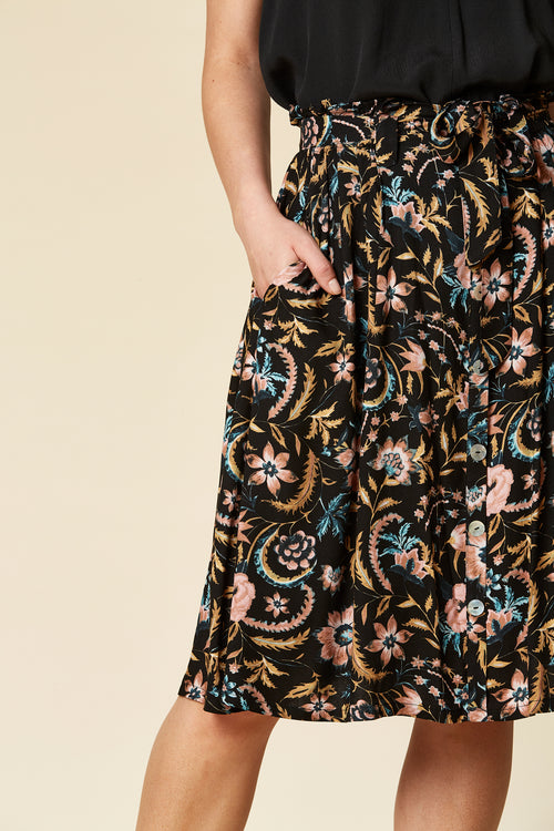 SIELA SKIRT IN BLACK BOTANICAL