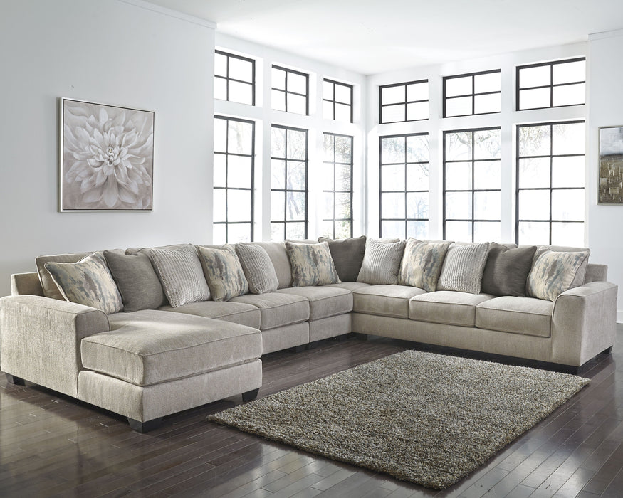 Ardsley Benchcraft 5-Piece Sectional with Chaise
