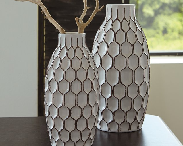 Dionna Signature Design by Ashley White Vase Set of 2