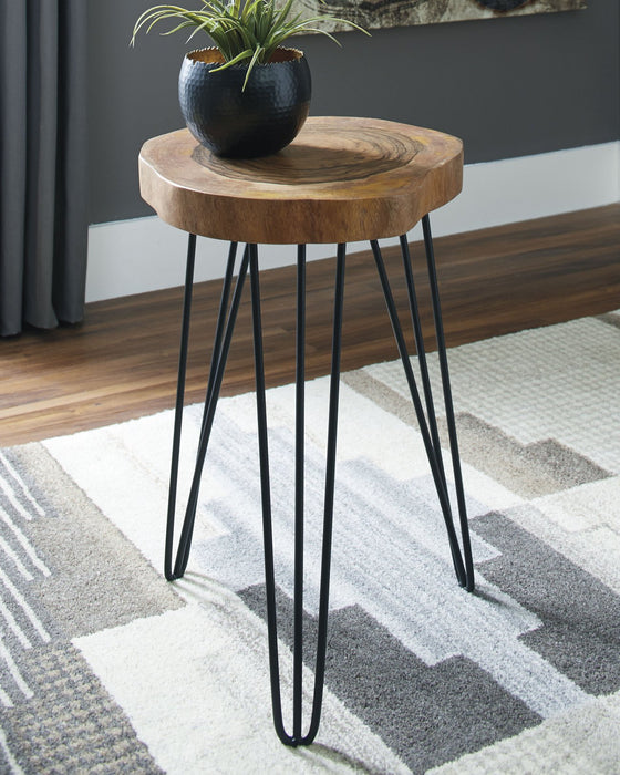 Eversboro Signature Design by Ashley BrownBlack Accent Table