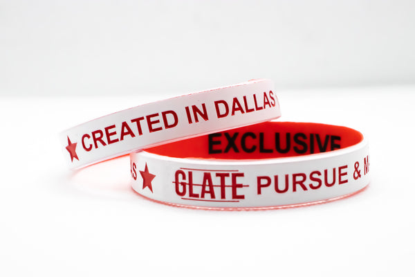 GLATE EXCLUSIVE WRISTBAND & STICKER
