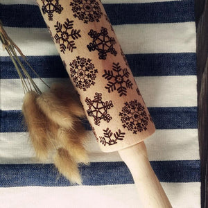 Decorative Holiday Embossed Christmas Rolling Pin Snowflakes & Swirls - Shopptique