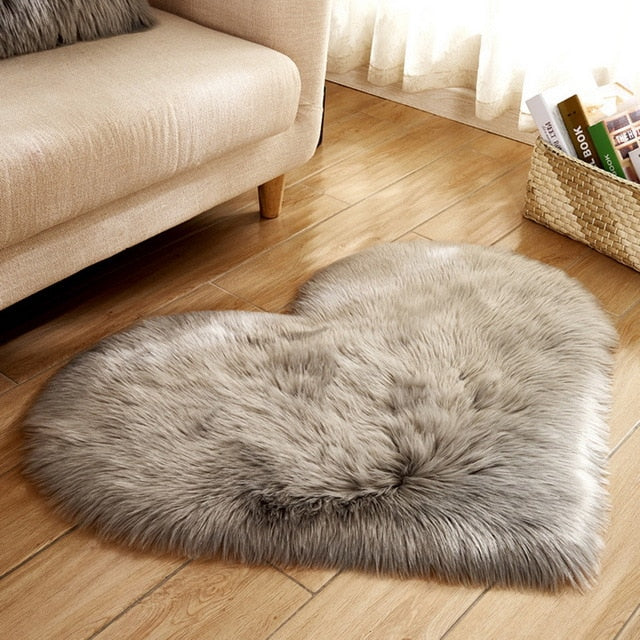 Fluffy™ Heart Love Rug uper Soft Faux Sheepskin Fur Area Rugs for Bedroom Floor Shaggy Plush Carpet Faux Fur Rug Bedside Rugs Grey / Small - 30cm X 40cm - Shopptique