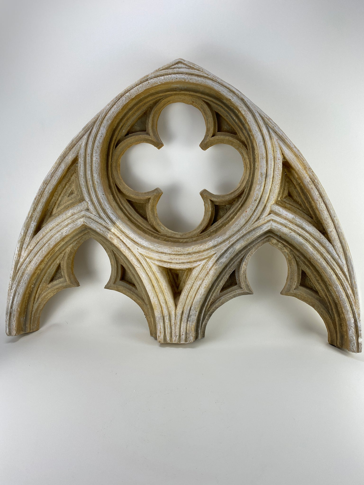 Gothic Quatrefoil Arch (LOCAL PICKUP ONLY)