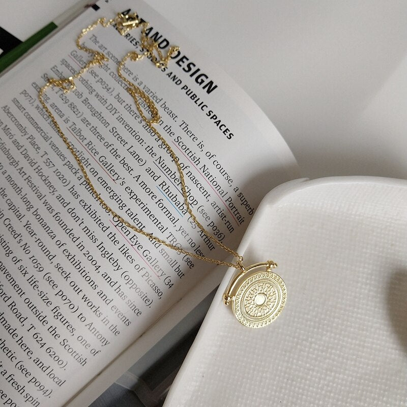 Classic Hera Necklace