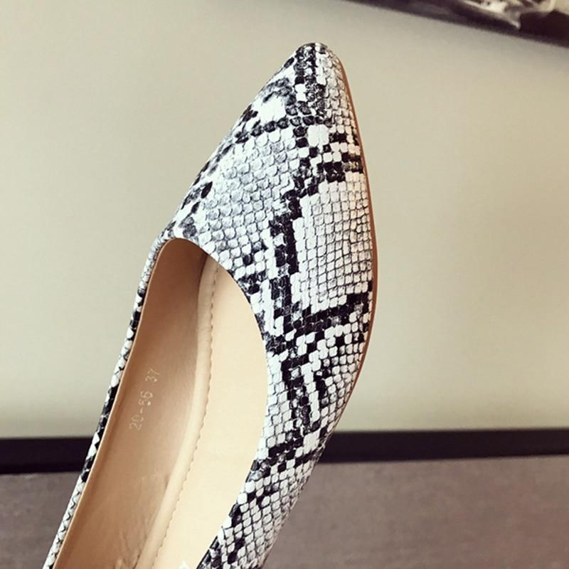 New Arrival  Women's Loafers Women Flat Heel Shoes Snake Print Slip-On Pointed Toe Causal Shoe