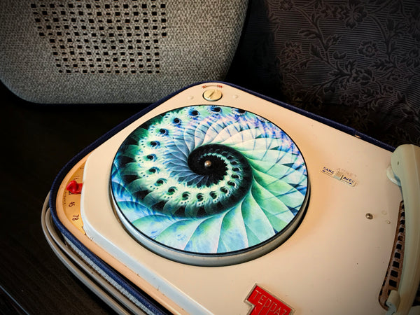 "7"" Felt Zoetrope Turntable Slipmat ""Nautical Organic Spiral"""