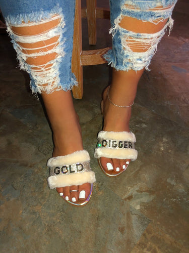 Gold Digger Faux Fur Slippers - Cream // PRE-ORDER