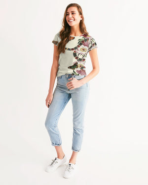 Snake On Flowers Women's Tee