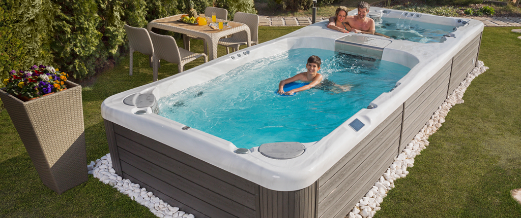SWIM SPA / hot tub RIO GRANDE W-FLOW - 6 Places