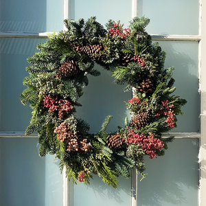 Multicone Pepperberry Wreath 24""