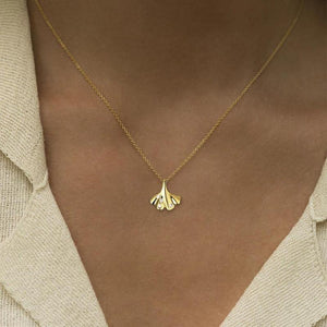 products/ginkgo-leaf-necklace-gold-14k.jpg