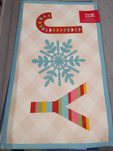 "Holiday 21"" x 34 "" Accent Rug - Kenner Habitat for Humanity ReStore"