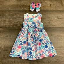 Load image into Gallery viewer, Beautiful Floral Print Dress w/ Petticoat