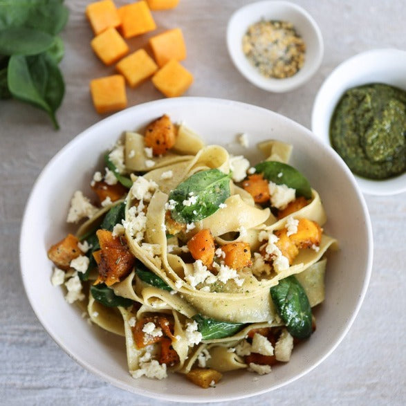 Garlic roasted pumpkin with spinach & feta Pasta bundle