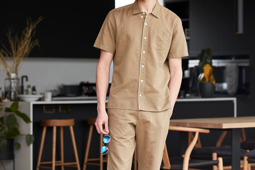 OLIVER SPENCER HAWAIIAN SHORT SLEEVE SHIRT LINTON TOBACCO AND FISHTAIL TROUSERS LINTON TOBACCO