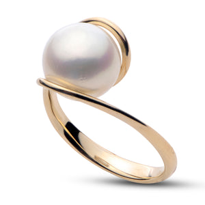 14k Yellow Gold White Pearl Twist Ring