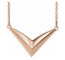 "Load image into Gallery viewer, 14k Rose Gold ""V"" Shaped Necklace"