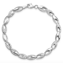 "Load image into Gallery viewer, 14k White Gold Polished and Diamond Cut Oval 7"" Bracelet"
