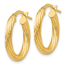 Load image into Gallery viewer, 14k Yellow Gold Polished Twisted Oval Hoop Earrings