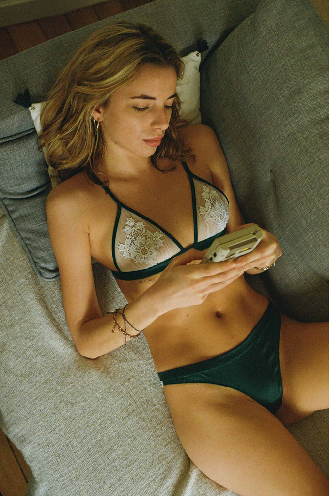 Triangle Jeudi Afterwork lingerie ensemble vert blanc - Mood Paris