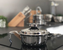 Load image into Gallery viewer, Getting Started Bundle (1 Litre Saucepan + Griddle Pan) - dinerite.com.au