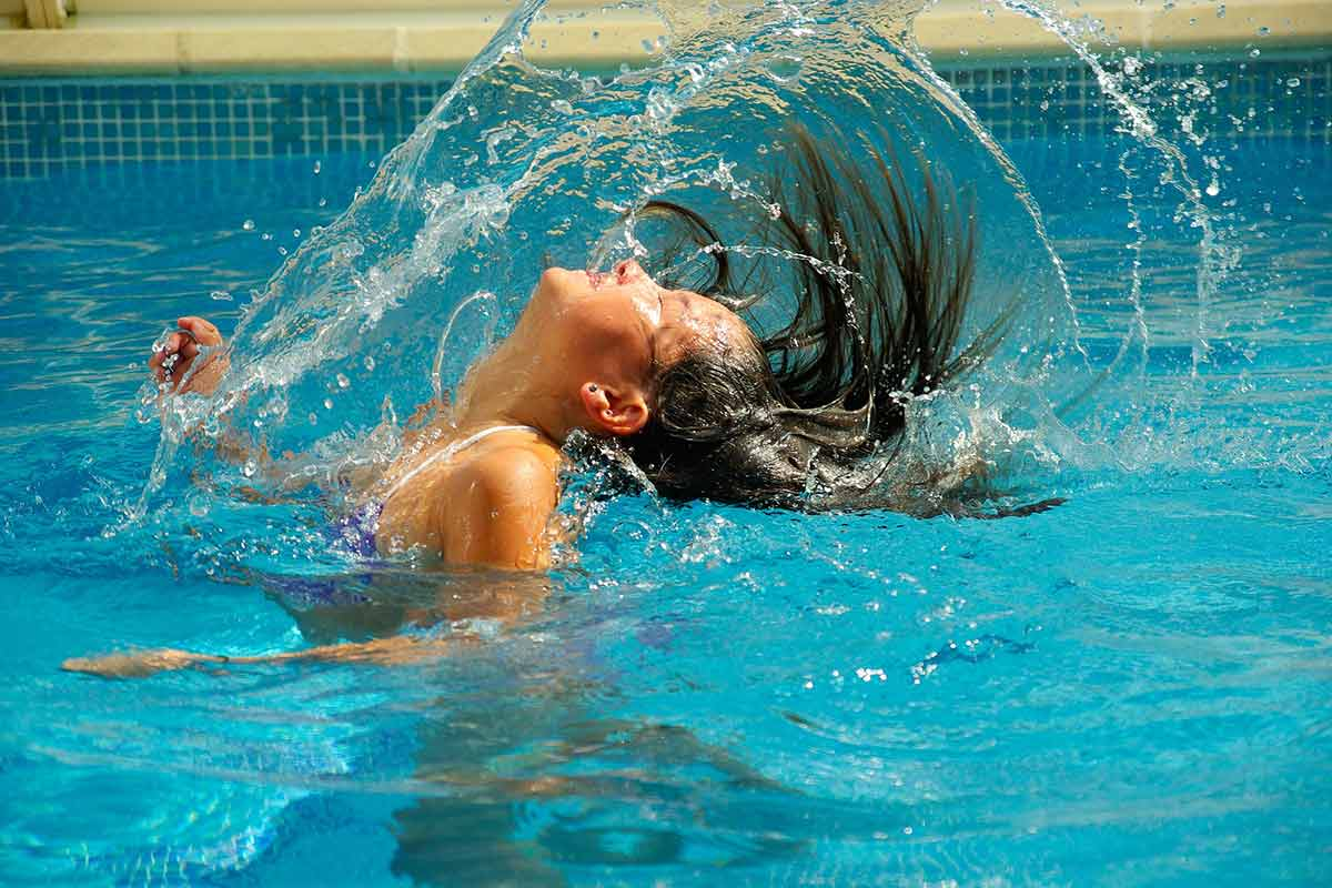 A Fun Mermaid Hair flick at the Swimming Pool