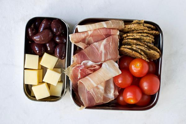 prosciutto cheese tomatoes packed lunch