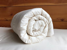 Load image into Gallery viewer, Holy Lamb Organics Comforter Wool Crib Comforter